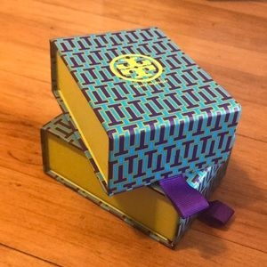 -TORY BURCH- magnetic jewelry boxes